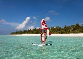 maledivy-hotel-meeru-island-resort-175.jpg