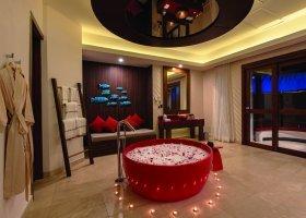 maledivy-hotel-oblu-sangeli-020.jpg
