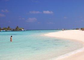 maledivy-hotel-paradise-island-resort-002.jpg