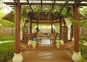 maledivy-hotel-paradise-island-resort-021.jpg