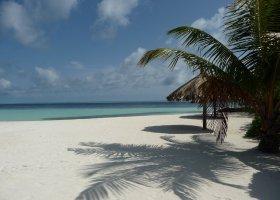 maledivy-hotel-ranveli-island-resort-001.jpg