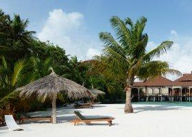 maledivy-hotel-ranveli-island-resort-003.jpg