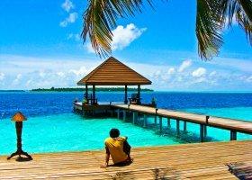 maledivy-hotel-ranveli-island-resort-013.jpg