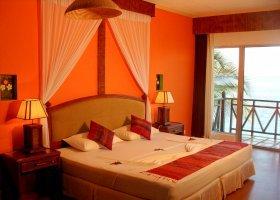 maledivy-hotel-ranveli-island-resort-016.jpg