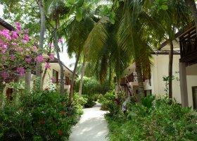 maledivy-hotel-ranveli-island-resort-018.jpg