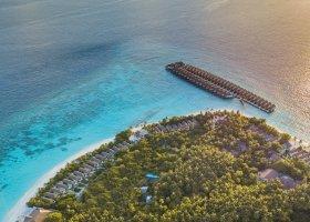 maledivy-hotel-reethi-faru-resort-017.jpg