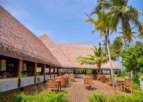 maledivy-hotel-reethi-faru-resort-051.jpg
