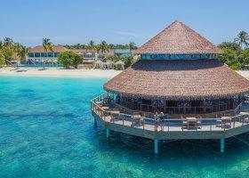 maledivy-hotel-reethi-faru-resort-054.jpg