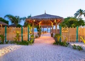 maledivy-hotel-reethi-faru-resort-055.jpg