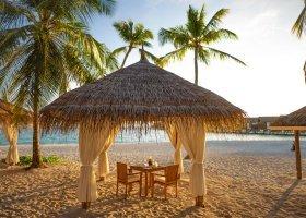 maledivy-hotel-reethi-faru-resort-057.jpg