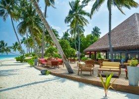maledivy-hotel-reethi-faru-resort-058.jpg