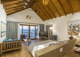 maledivy-hotel-reethi-faru-resort-066.jpg