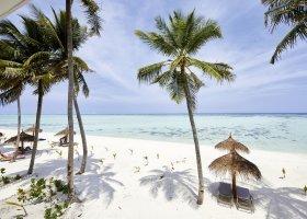 maledivy-hotel-riu-atoll-002.jpg