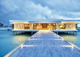 maledivy-hotel-riu-atoll-023.jpg