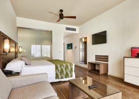 maledivy-hotel-riu-atoll-029.jpg
