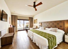maledivy-hotel-riu-atoll-032.jpg