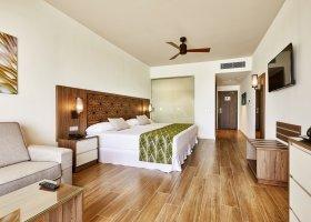 maledivy-hotel-riu-atoll-033.jpg