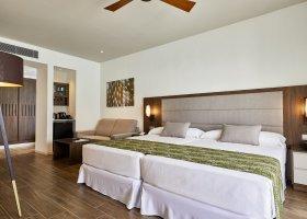 maledivy-hotel-riu-atoll-037.jpg