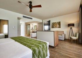 maledivy-hotel-riu-atoll-038.jpg