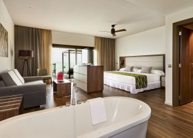 maledivy-hotel-riu-atoll-040.jpg