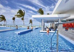 maledivy-hotel-riu-atoll-045.jpg