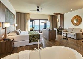 maledivy-hotel-riu-palace-maldives-065.jpg