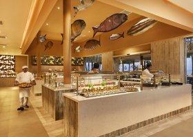 maledivy-hotel-riu-palace-maldives-070.jpg