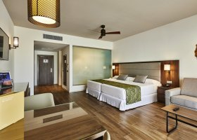 maledivy-hotel-riu-palace-maldives-074.jpg