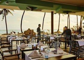 maledivy-hotel-riu-palace-maldives-084.jpg
