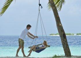 maledivy-hotel-royal-island-resort-spa-012.jpg
