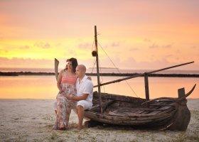 maledivy-hotel-royal-island-resort-spa-021.jpg