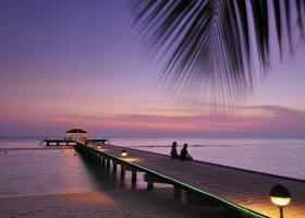 maledivy-hotel-royal-island-resort-spa-027.jpg