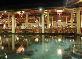 maledivy-hotel-royal-island-resort-spa-040.jpg