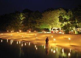 maledivy-hotel-royal-island-resort-spa-063.jpg