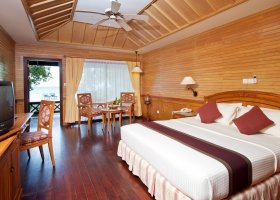 maledivy-hotel-royal-island-resort-spa-073.jpg