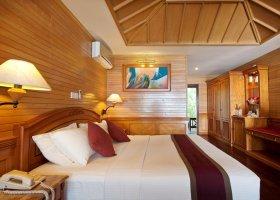 maledivy-hotel-royal-island-resort-spa-076.jpg