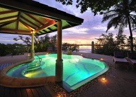 maledivy-hotel-royal-island-resort-spa-077.jpg