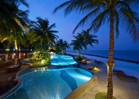 maledivy-hotel-royal-island-resort-spa-091.jpg