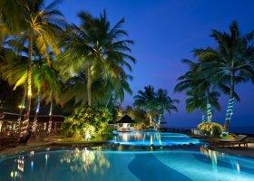 maledivy-hotel-royal-island-resort-spa-092.jpg