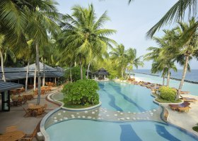 maledivy-hotel-royal-island-resort-spa-094.jpg