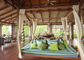 maledivy-hotel-royal-island-resort-spa-154.jpg