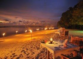 maledivy-hotel-royal-island-resort-spa-156.jpg