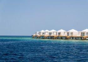 maledivy-hotel-sandies-bathala-026.jpg