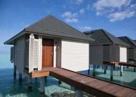 maledivy-hotel-summer-island-village-008.jpg