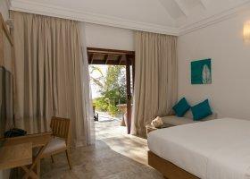 maledivy-hotel-summer-island-village-011.jpg