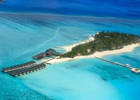 maledivy-hotel-summer-island-village-013.jpg