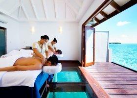 maledivy-hotel-summer-island-village-029.jpg