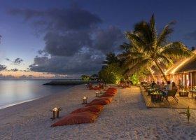 maledivy-hotel-summer-island-village-033.jpg