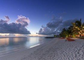 maledivy-hotel-summer-island-village-034.jpg
