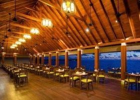 maledivy-hotel-summer-island-village-043.jpg